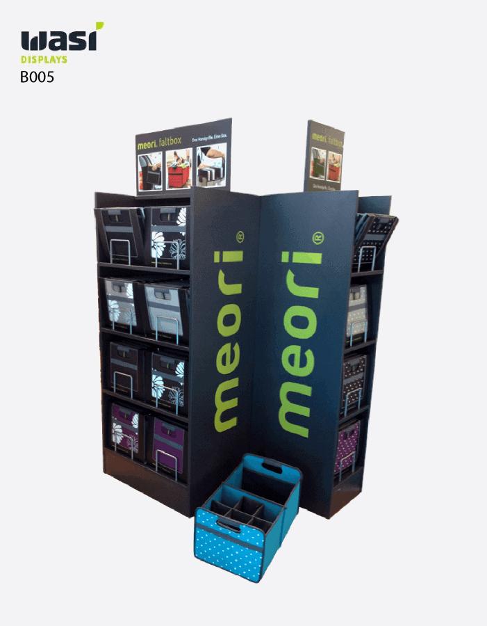 Bodenaufsteller Modell B005 mit Faltboxen von Meori bestückt