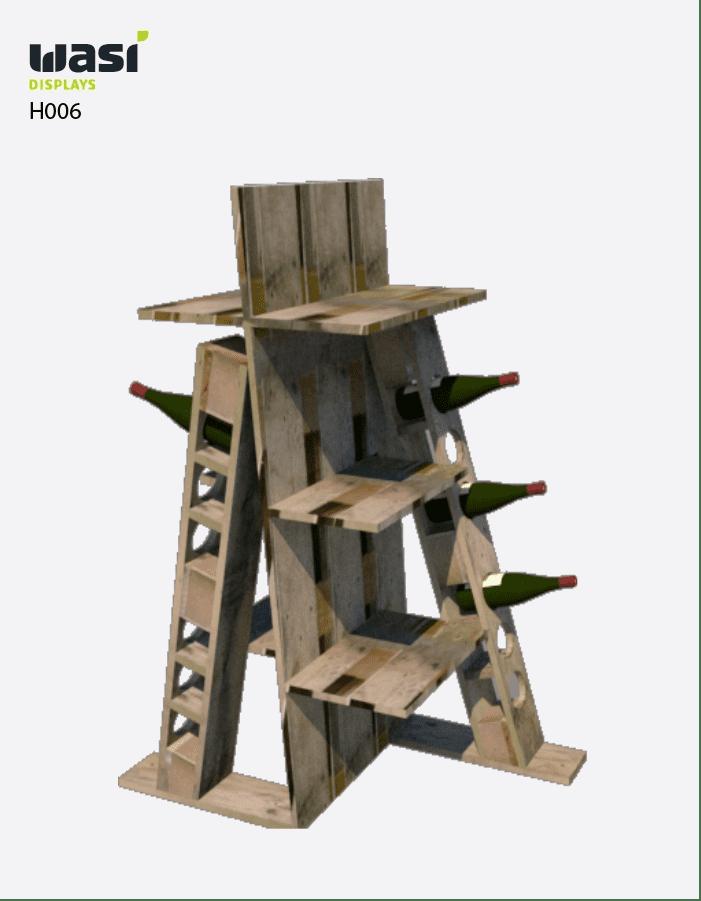 Verkaufsaufsteller aus Holz mit Regalböden und Aussparungen für Weinflaschen