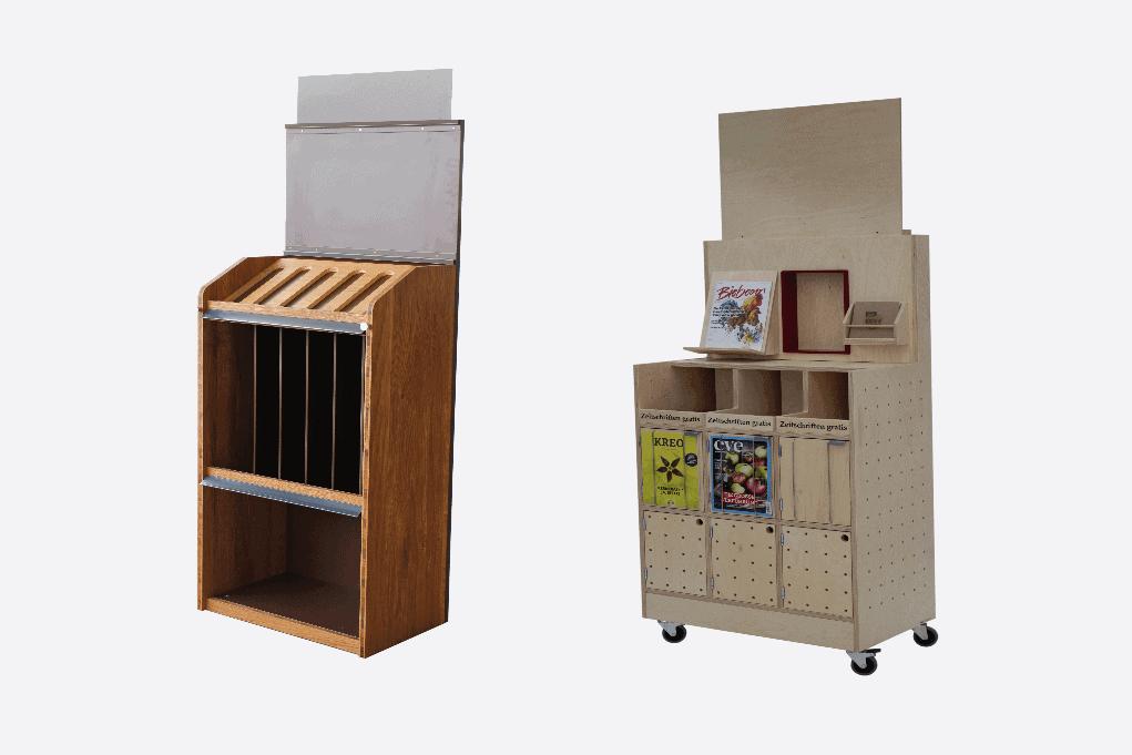 Zwei Bodendisplays aus Holz zur Produktpräsentation von Zeitschriften